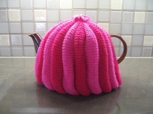 Knit Shear Bliss Tea Cosy Knitting Pattern