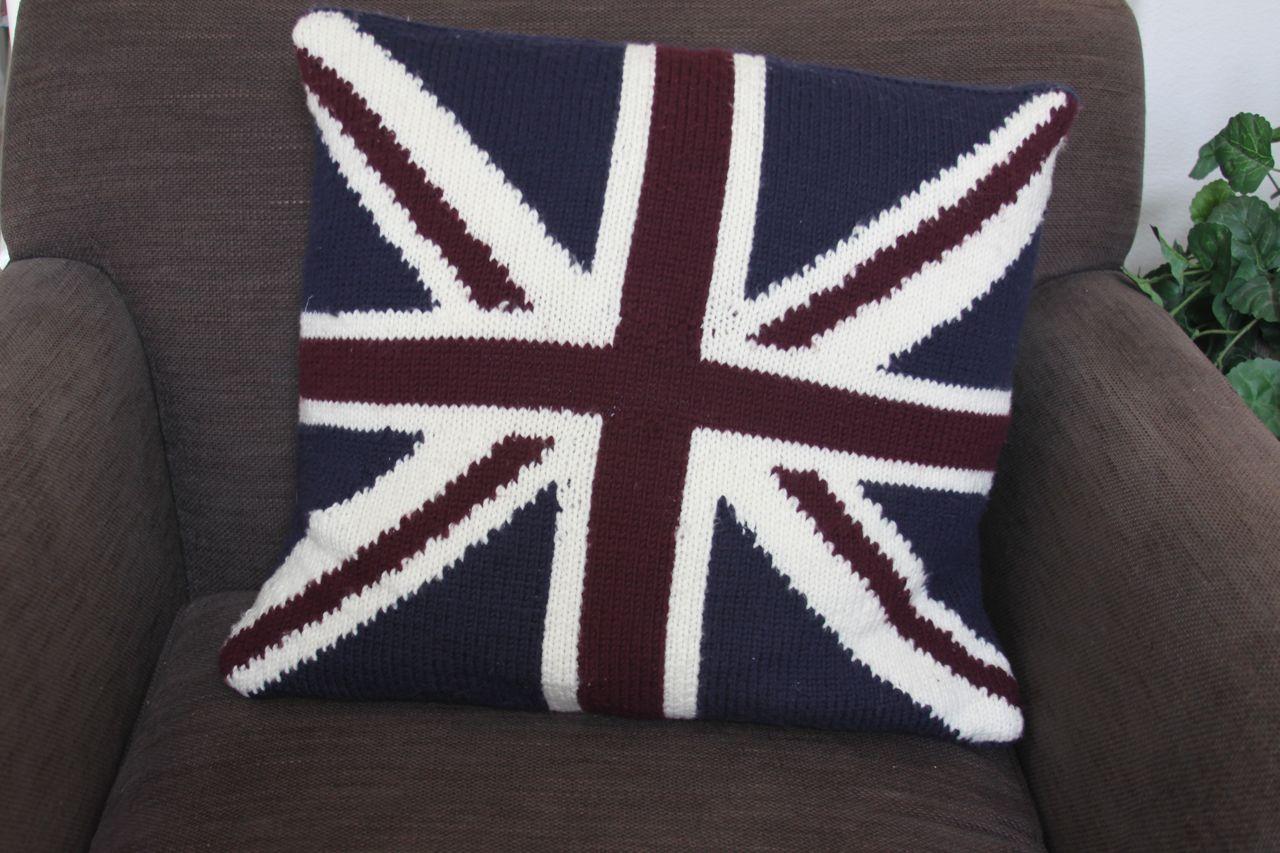 Knit, Shear Bliss!: Union Jack Pillow Cover